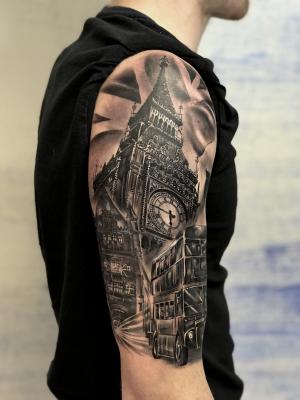 London Themed half sleeve