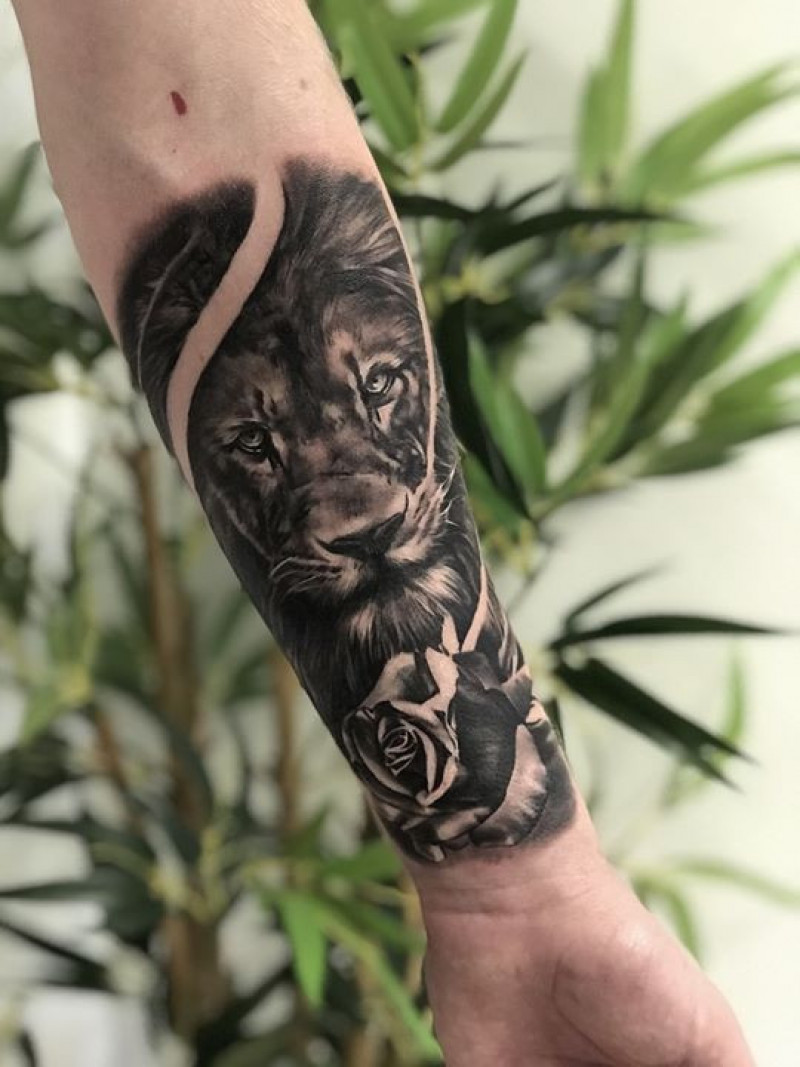 Half sleeve in progress by Esther